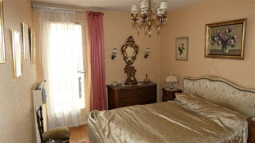 Appartement à vendre 4 76.75m2 à Orléans vignette-6