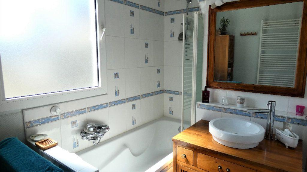 Appartement à vendre 4 75.87m2 à Orléans vignette-3