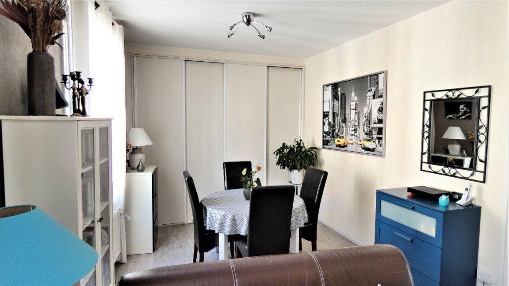 Appartement à vendre 4 75.87m2 à Orléans vignette-6