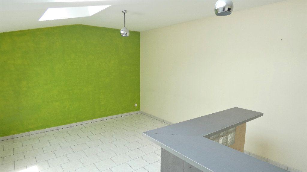 Appartement à louer 2 42.71m2 à Saint-Jean-de-Braye vignette-1