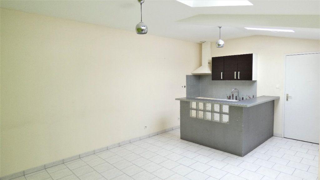 Appartement à louer 2 42.71m2 à Saint-Jean-de-Braye vignette-2