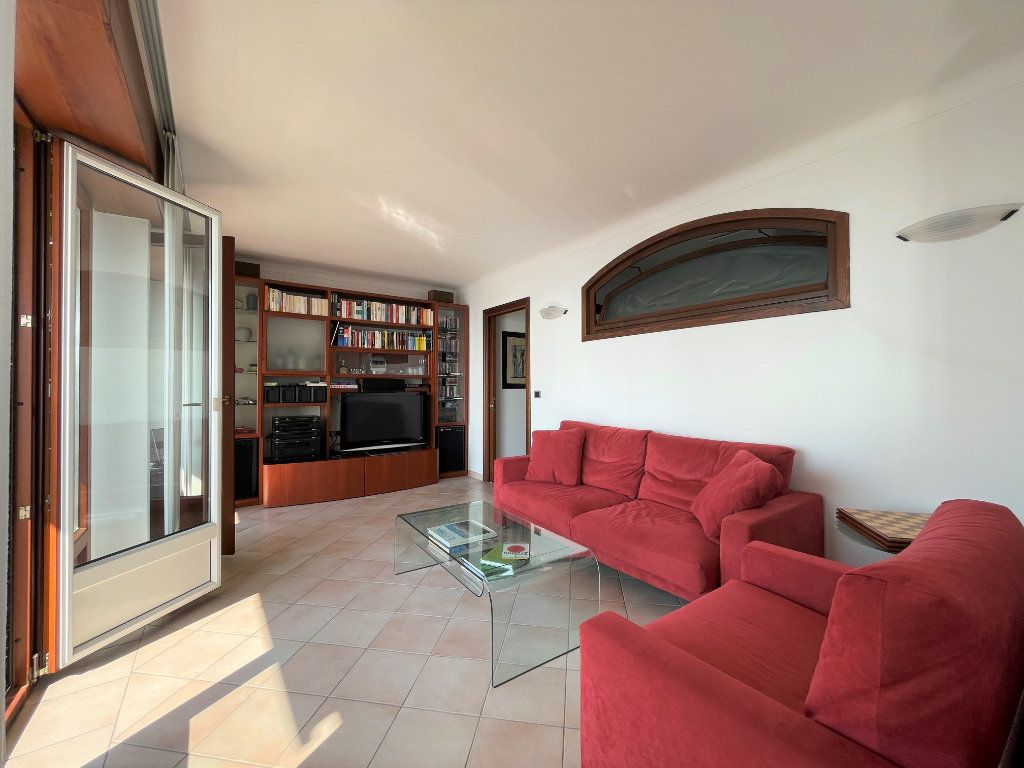 Appartement à vendre 4 95.54m2 à Roquebrune-Cap-Martin vignette-8