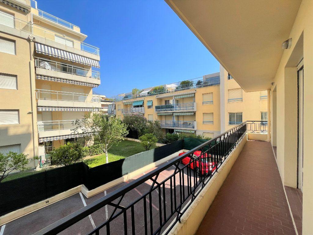 Appartement à vendre 4 95.54m2 à Roquebrune-Cap-Martin vignette-12