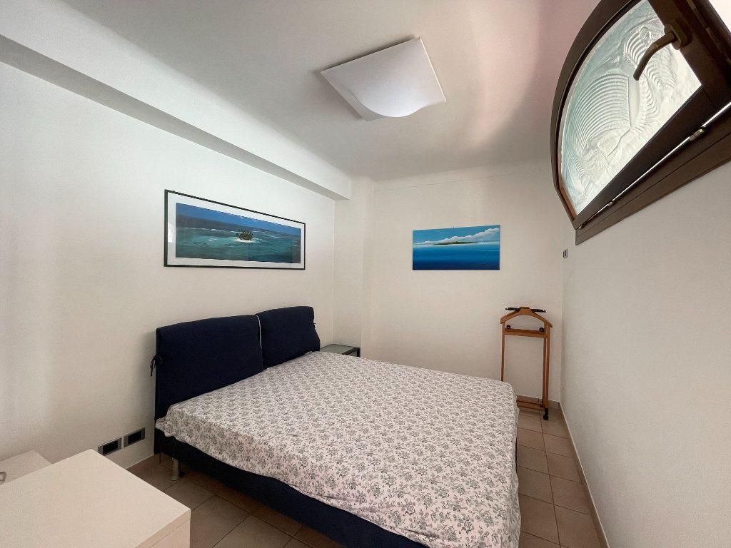 Appartement à vendre 4 95.54m2 à Roquebrune-Cap-Martin vignette-14