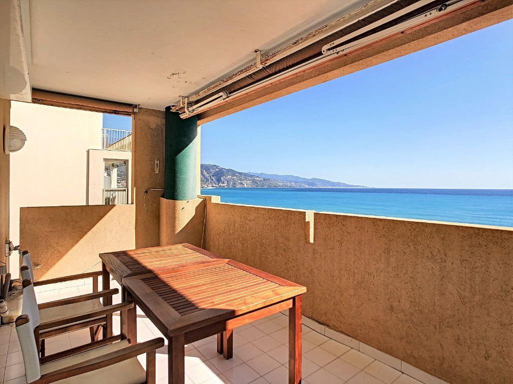 Appartement à vendre 3 88.71m2 à Roquebrune-Cap-Martin vignette-3