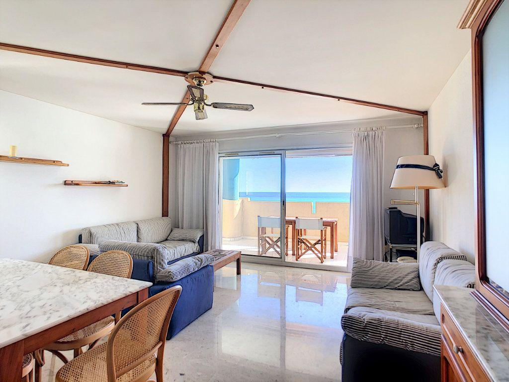 Appartement à vendre 3 88.71m2 à Roquebrune-Cap-Martin vignette-6