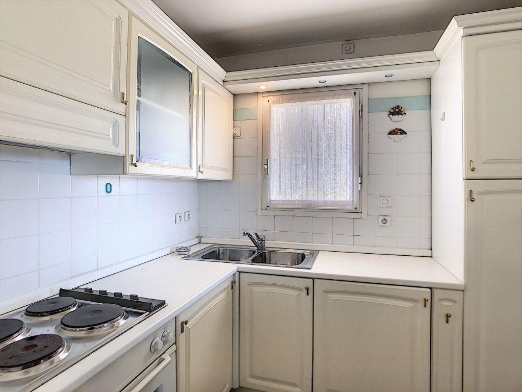 Appartement à vendre 3 88.71m2 à Roquebrune-Cap-Martin vignette-8