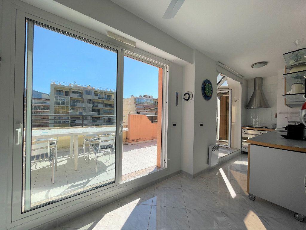 Appartement à vendre 2 36.82m2 à Roquebrune-Cap-Martin vignette-9
