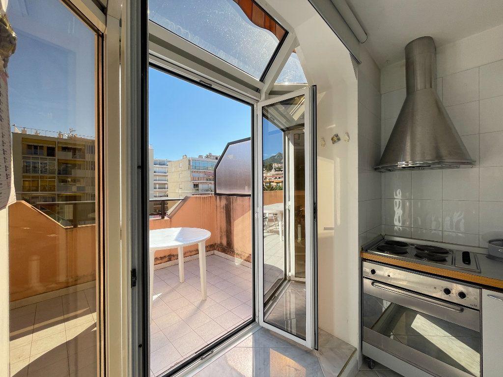 Appartement à vendre 2 36.82m2 à Roquebrune-Cap-Martin vignette-10