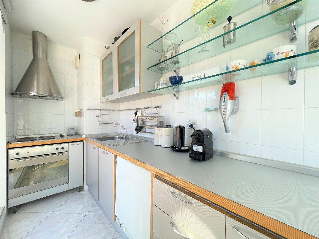 Appartement à vendre 2 36.82m2 à Roquebrune-Cap-Martin vignette-11