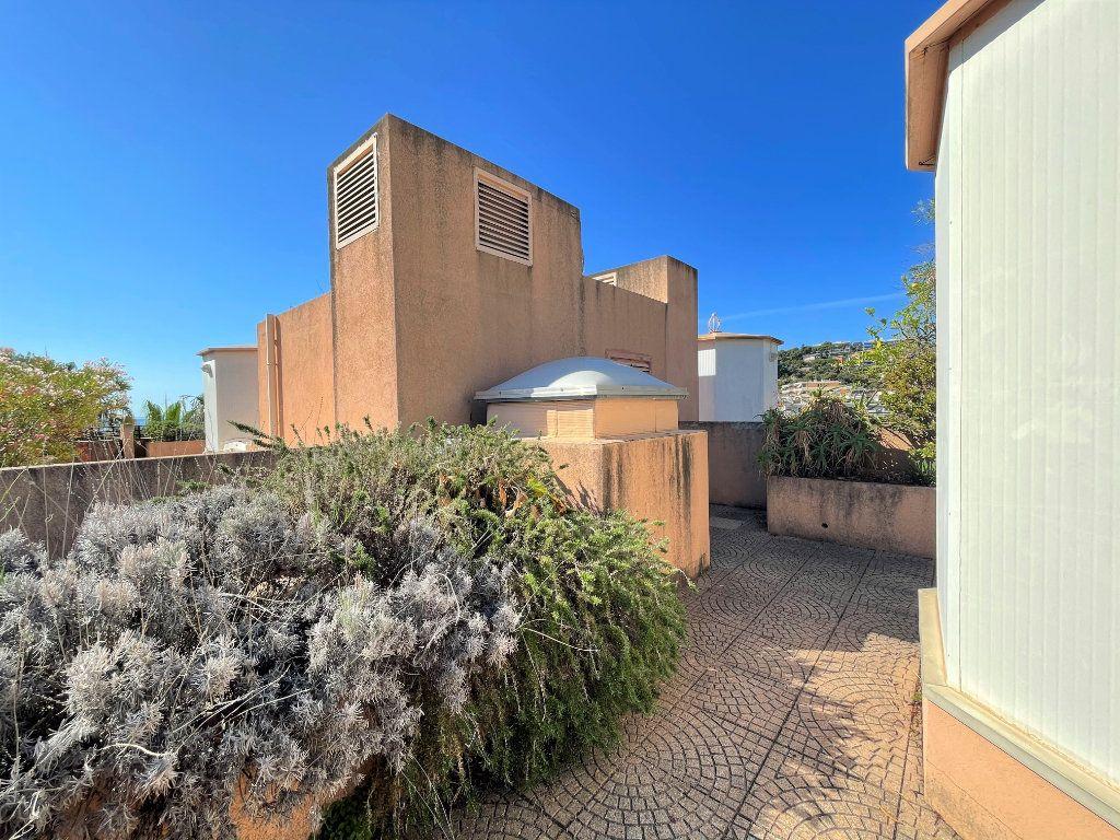 Appartement à vendre 2 36.82m2 à Roquebrune-Cap-Martin vignette-18