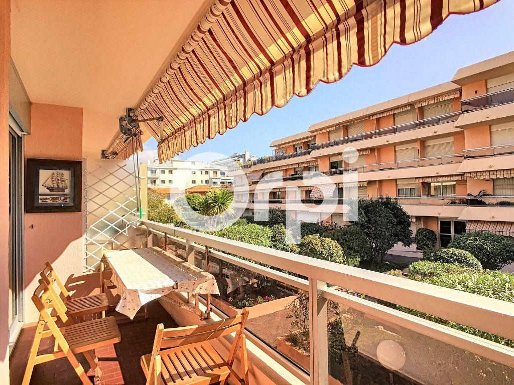 Appartement à vendre 1 23.68m2 à Roquebrune-Cap-Martin vignette-1