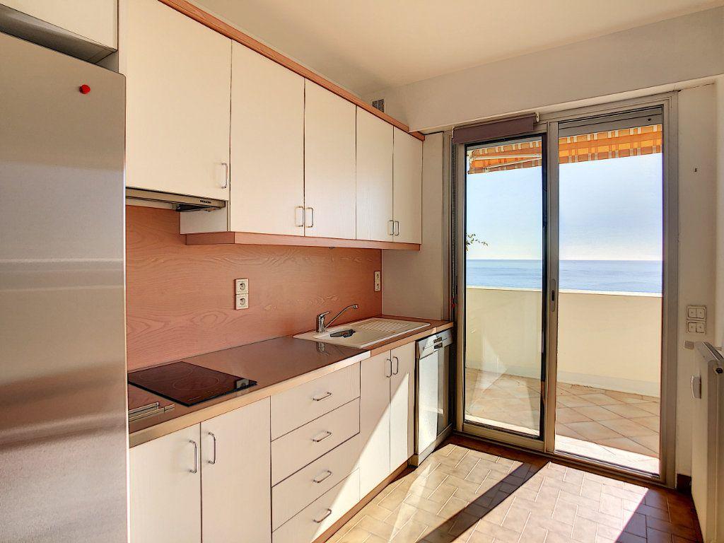 Appartement à louer 4 137.95m2 à Roquebrune-Cap-Martin vignette-7