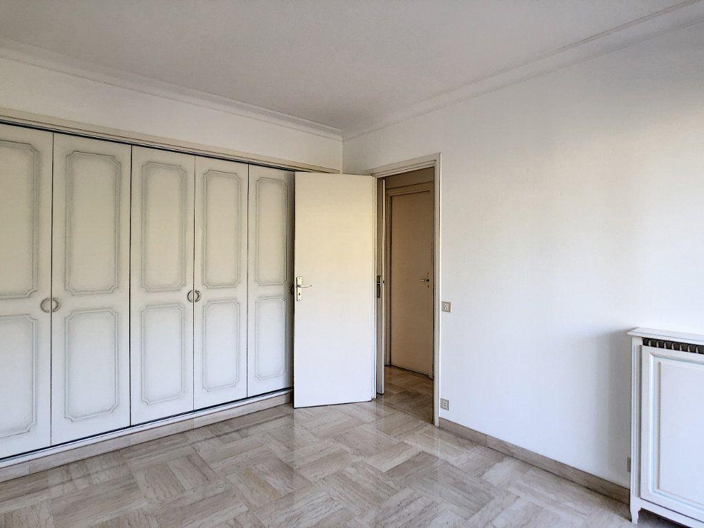 Appartement à louer 4 137.95m2 à Roquebrune-Cap-Martin vignette-14
