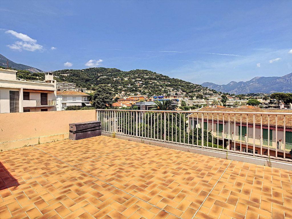 Appartement à vendre 2 48.18m2 à Roquebrune-Cap-Martin vignette-2