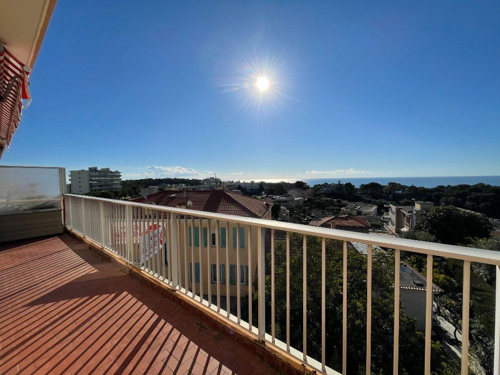 Appartement à vendre 2 48.18m2 à Roquebrune-Cap-Martin vignette-3