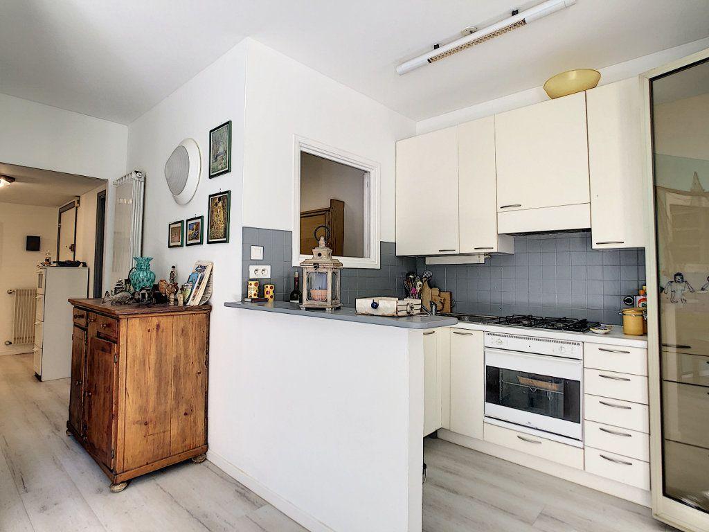 Appartement à vendre 2 44.95m2 à Menton vignette-8