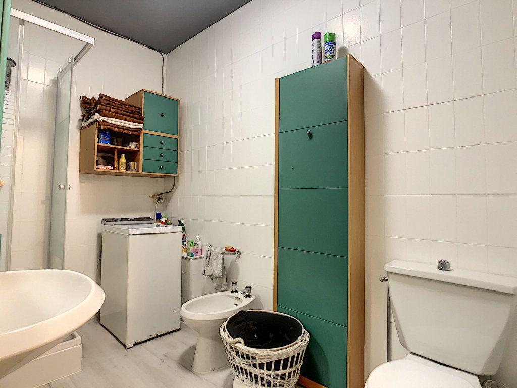 Appartement à vendre 2 44.95m2 à Menton vignette-13
