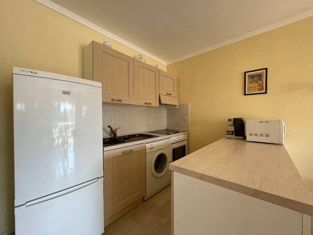 Appartement à vendre 3 57.69m2 à Menton vignette-7