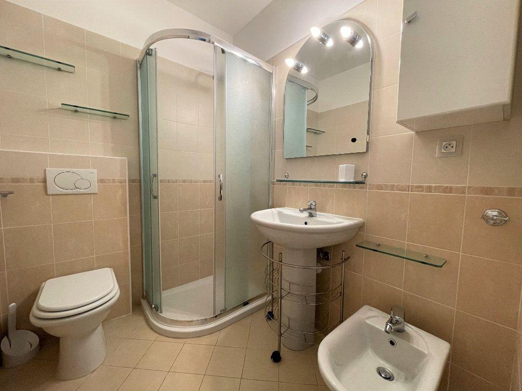 Appartement à vendre 3 57.69m2 à Menton vignette-12
