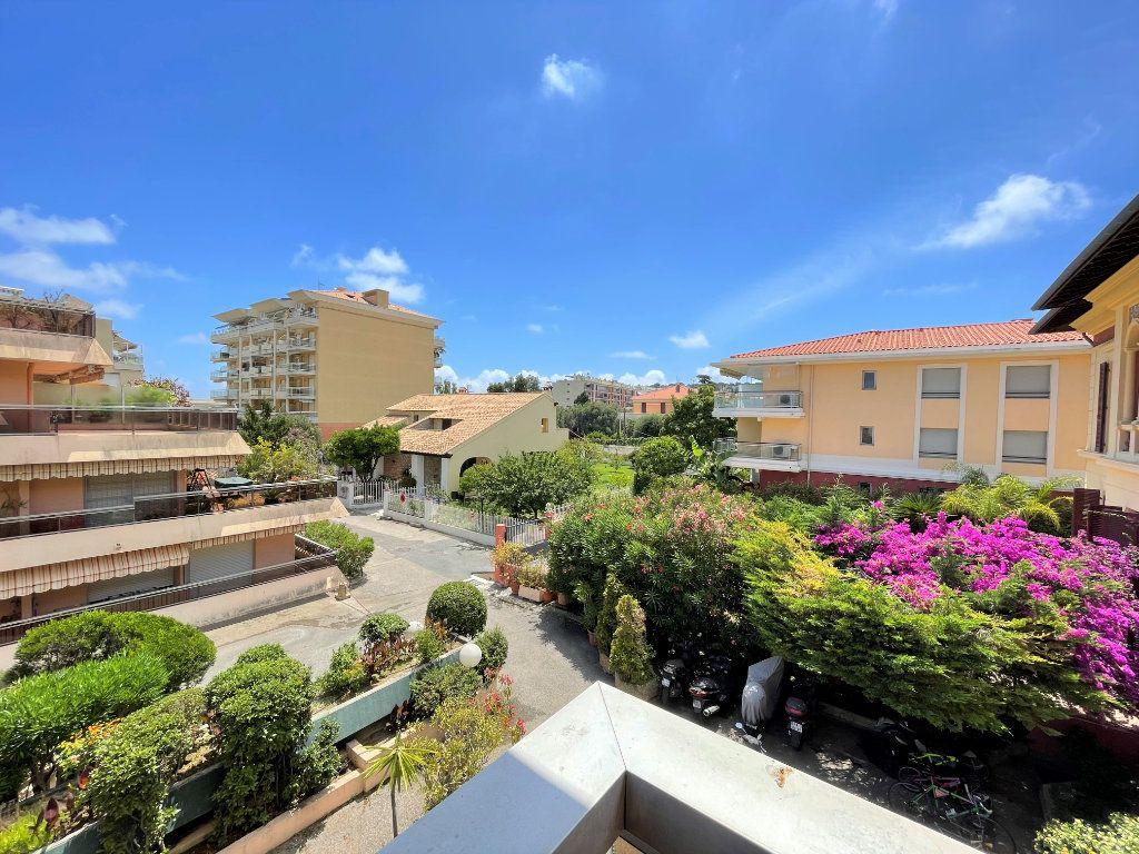 Appartement à vendre 1 23.83m2 à Roquebrune-Cap-Martin vignette-3