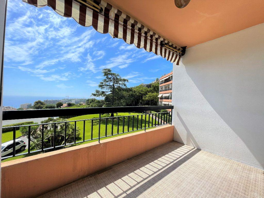 Appartement à vendre 2 51.85m2 à Roquebrune-Cap-Martin vignette-3