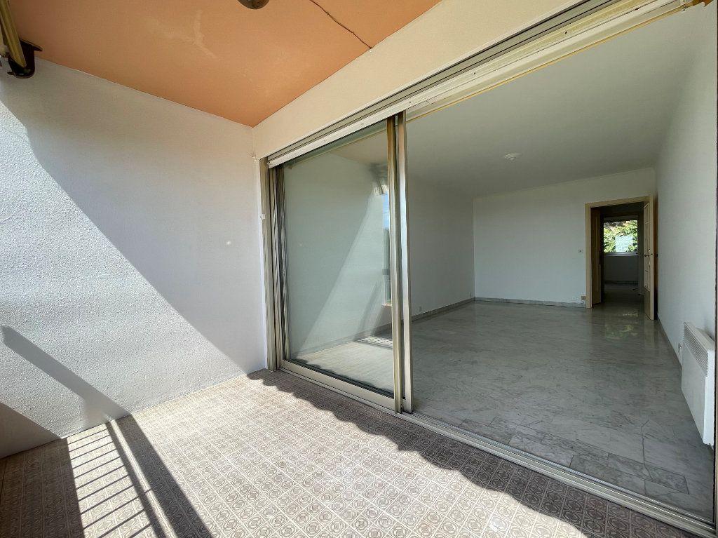Appartement à vendre 2 51.85m2 à Roquebrune-Cap-Martin vignette-5