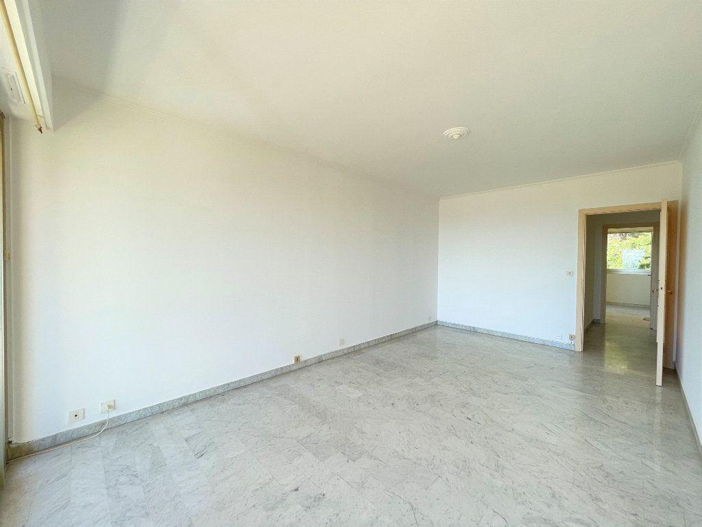 Appartement à vendre 2 51.85m2 à Roquebrune-Cap-Martin vignette-6