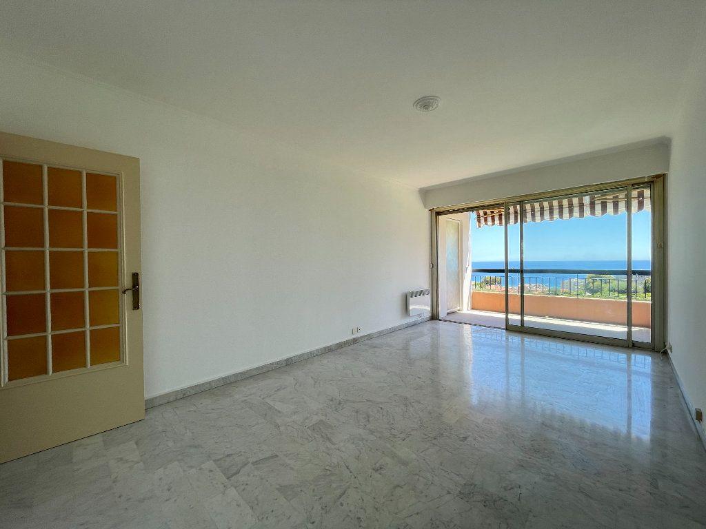 Appartement à vendre 2 51.85m2 à Roquebrune-Cap-Martin vignette-8