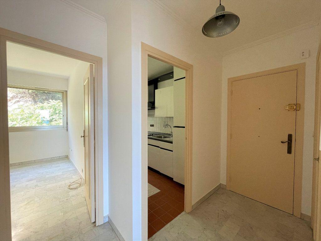 Appartement à vendre 2 51.85m2 à Roquebrune-Cap-Martin vignette-10