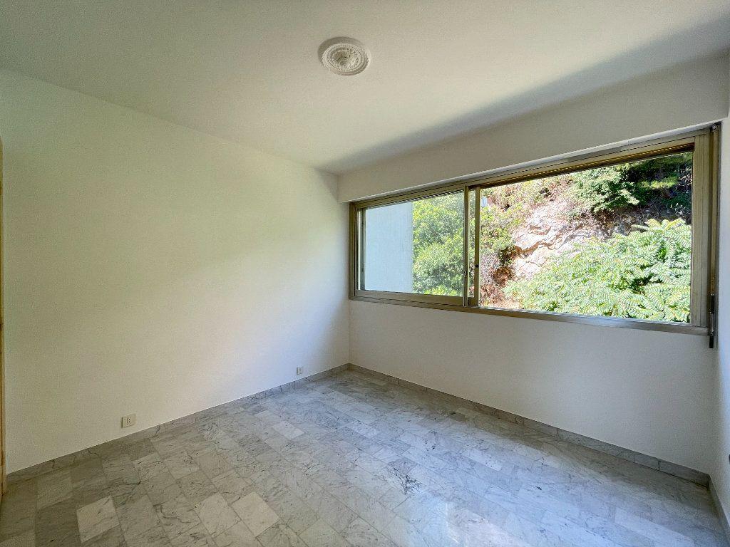 Appartement à vendre 2 51.85m2 à Roquebrune-Cap-Martin vignette-11