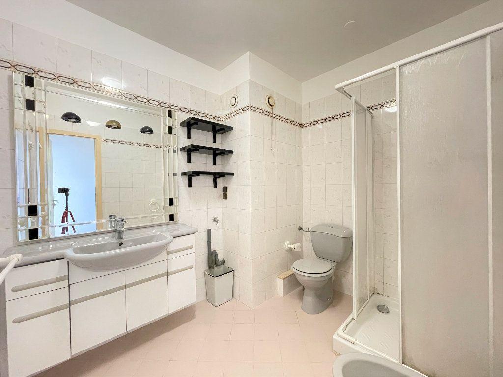 Appartement à vendre 2 51.85m2 à Roquebrune-Cap-Martin vignette-17