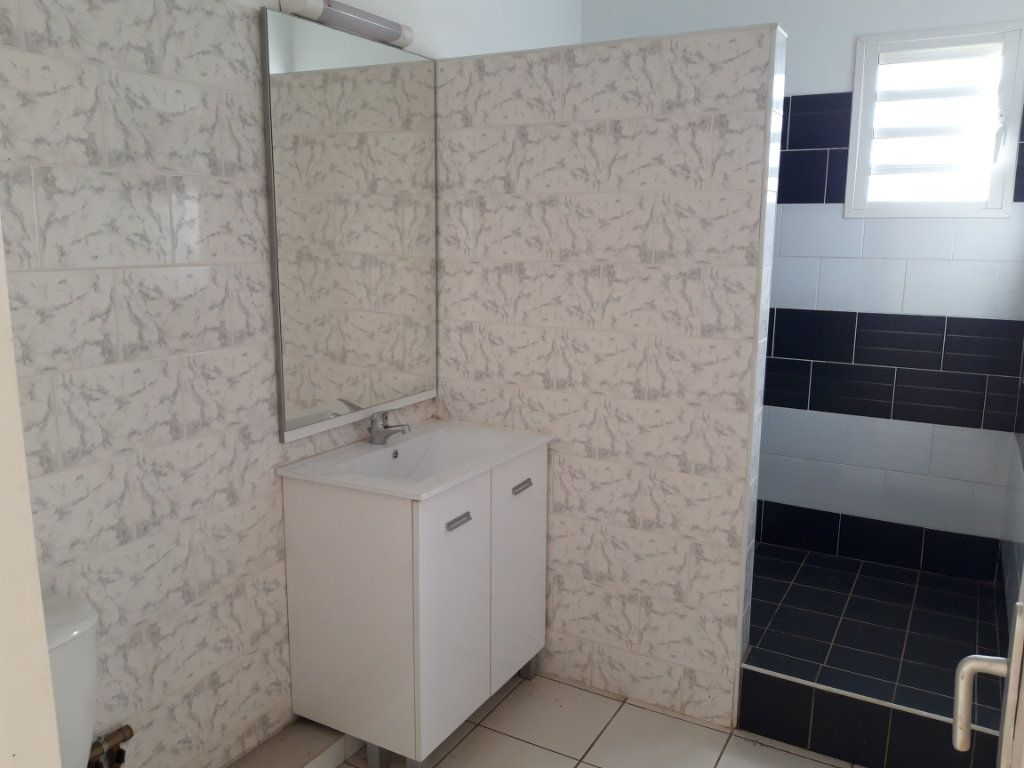 Appartement à louer 3 78m2 à Tsingoni vignette-7