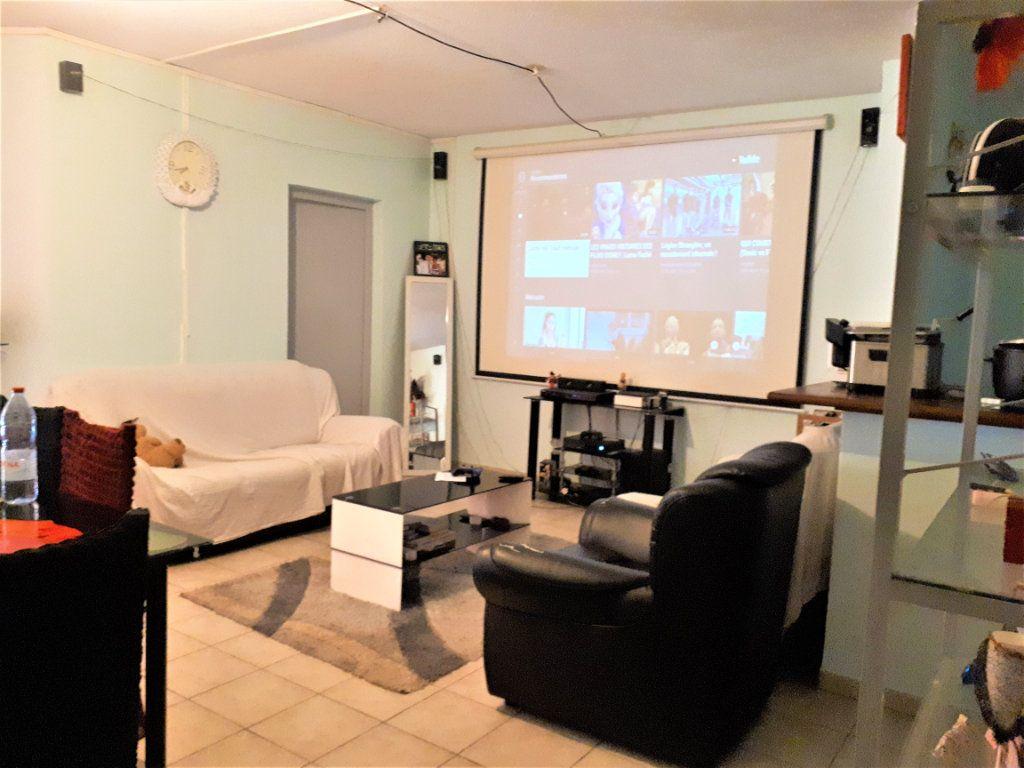 Appartement à vendre 5 95.3m2 à Koungou vignette-2