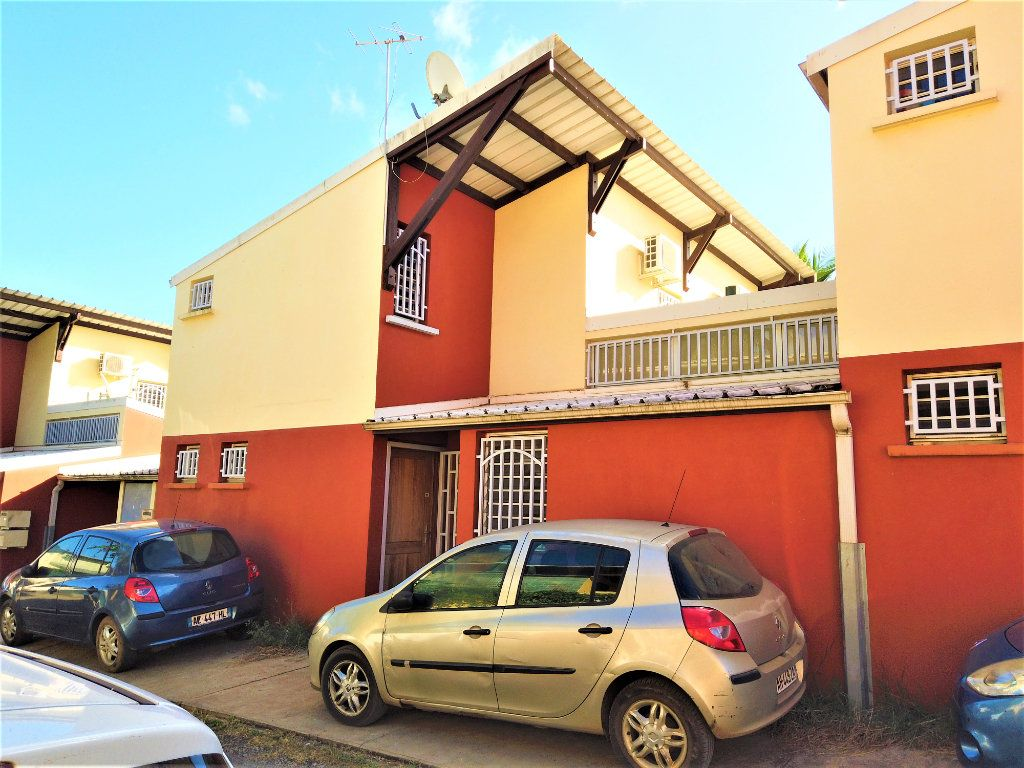 Maison à vendre 3 100m2 à Tsingoni vignette-1