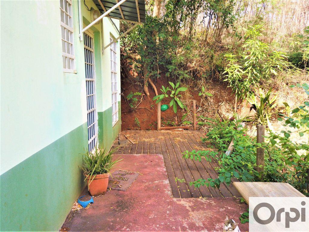 Immeuble à vendre 0 165m2 à Dembeni vignette-10