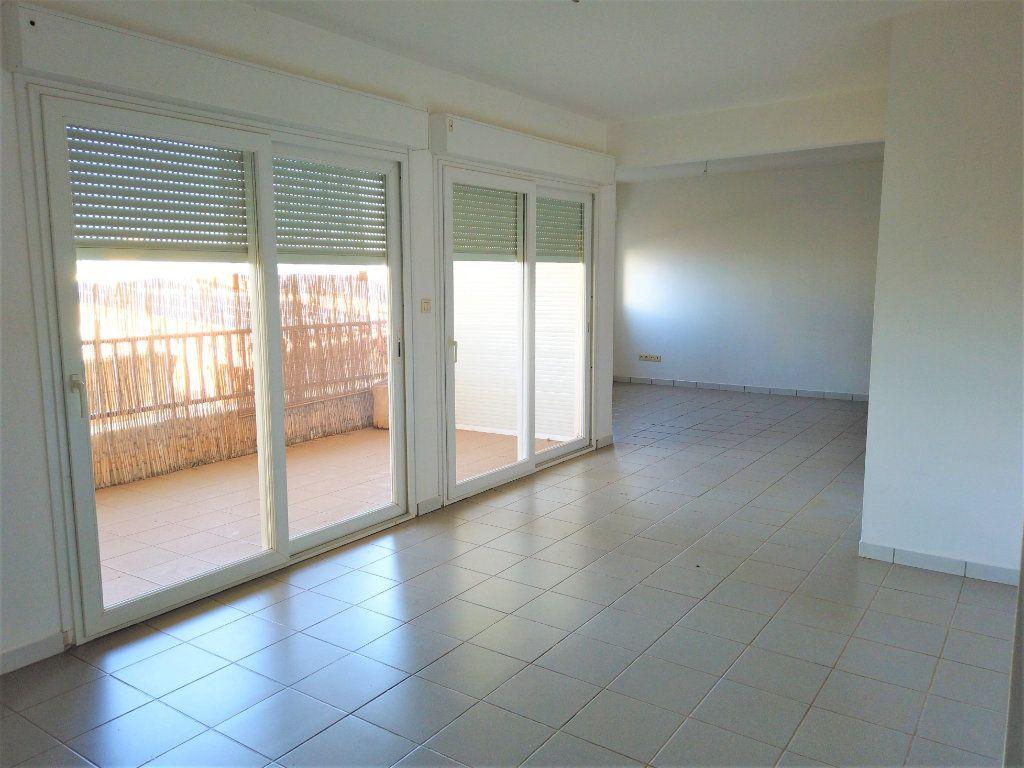 Appartement à vendre 4 88.55m2 à Koungou vignette-2