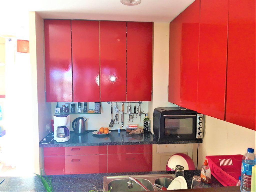 Appartement à louer 3 80m2 à Koungou vignette-3