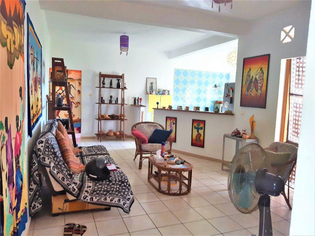 Appartement à louer 3 60m2 à Mamoudzou vignette-2