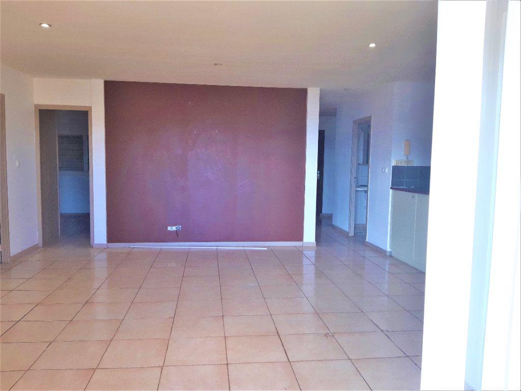 Appartement à louer 5 86.4m2 à Koungou vignette-5