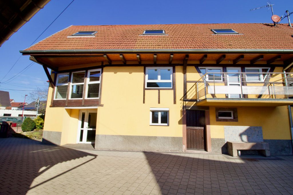 Appartement à vendre 3 110.69m2 à La Wantzenau vignette-1