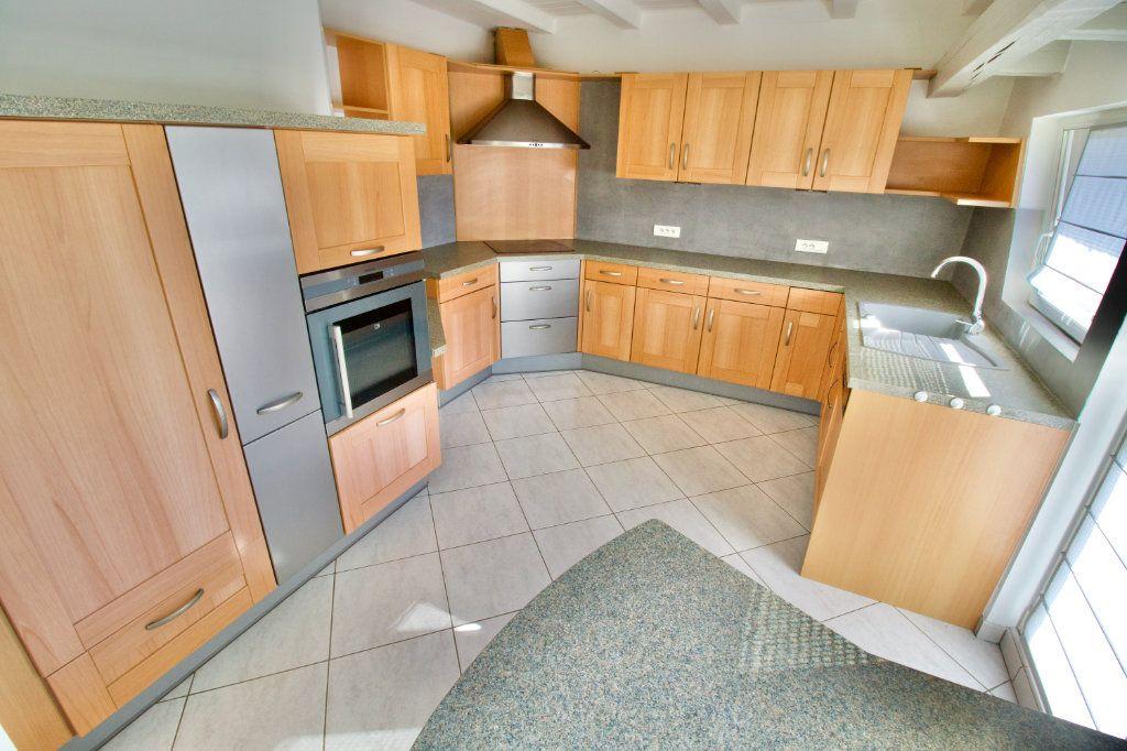 Appartement à vendre 3 110.69m2 à La Wantzenau vignette-6