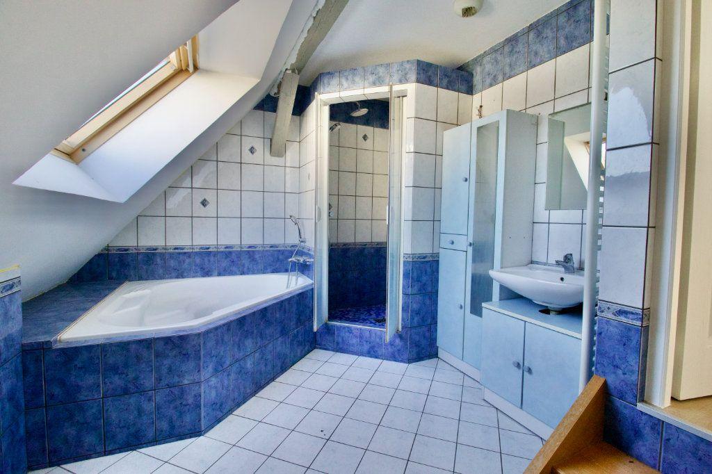 Appartement à vendre 3 110.69m2 à La Wantzenau vignette-11