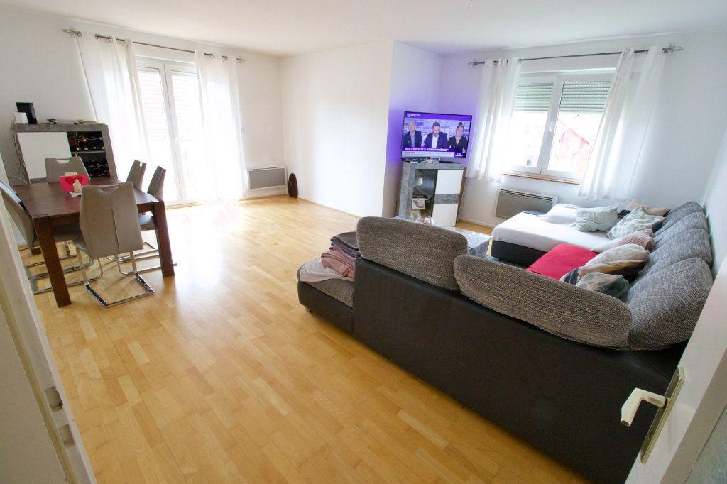 Appartement à louer 4 95.82m2 à La Wantzenau vignette-3