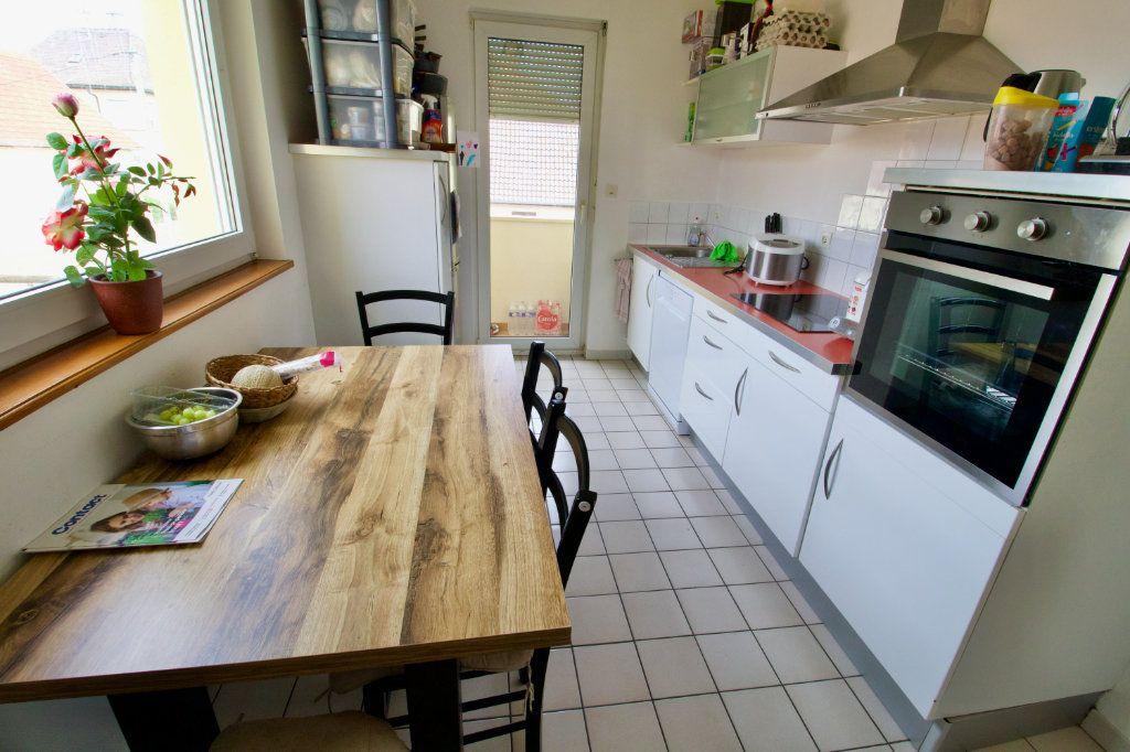 Appartement à louer 4 95.82m2 à La Wantzenau vignette-6