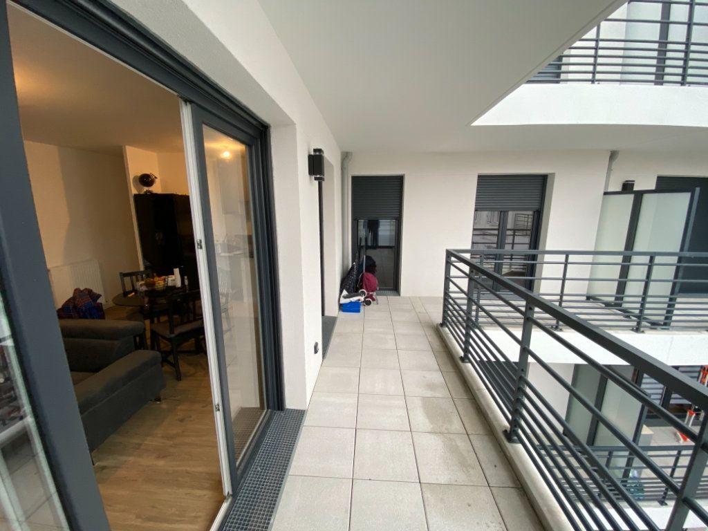 Appartement à vendre 3 62m2 à Livry-Gargan vignette-5