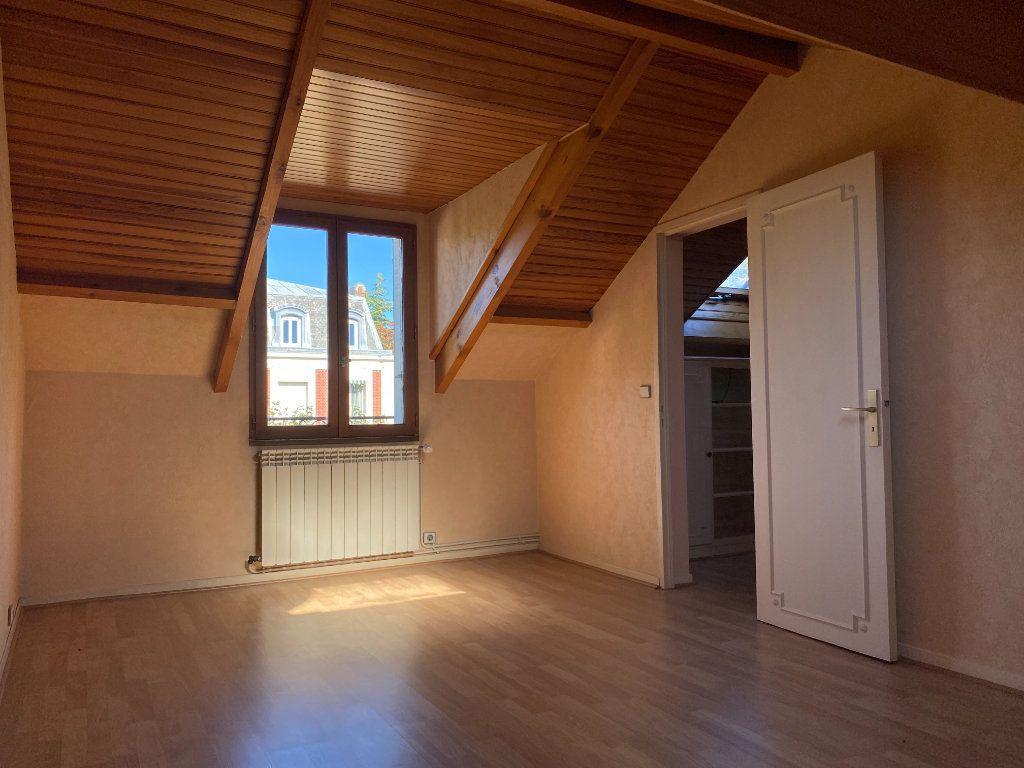 Maison à vendre 7 140m2 à Le Raincy vignette-5