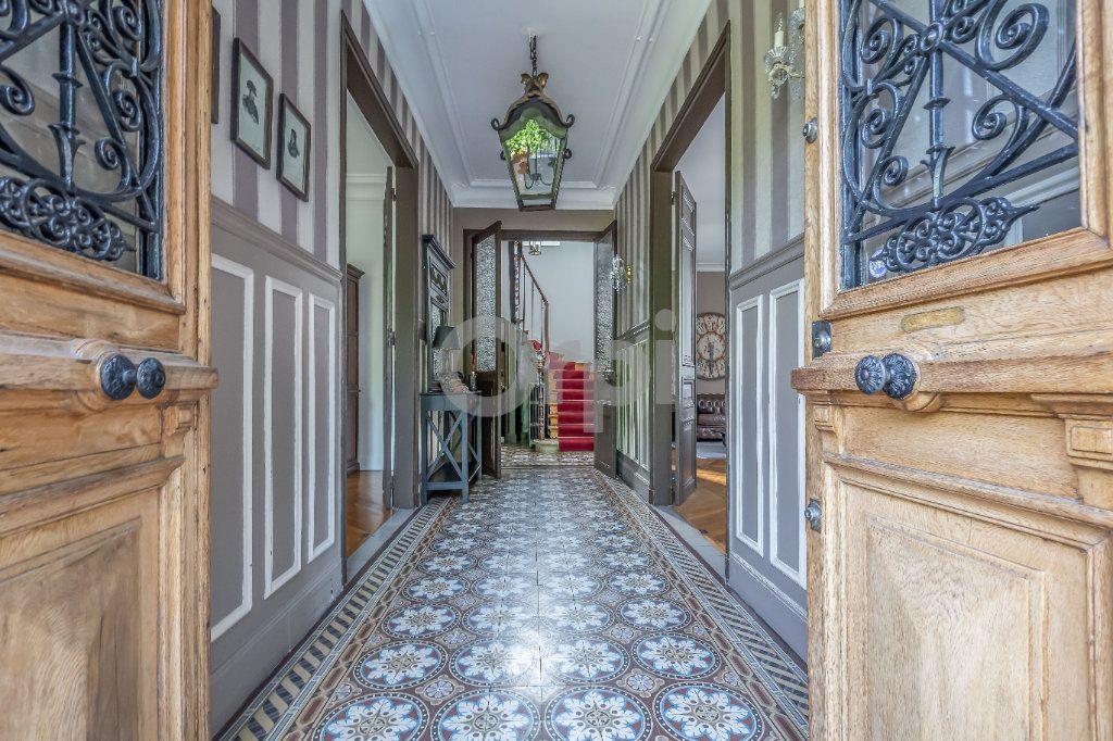 Maison à vendre 9 246m2 à Le Raincy vignette-2