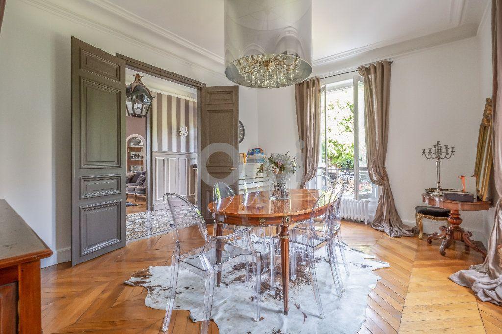Maison à vendre 9 246m2 à Le Raincy vignette-4