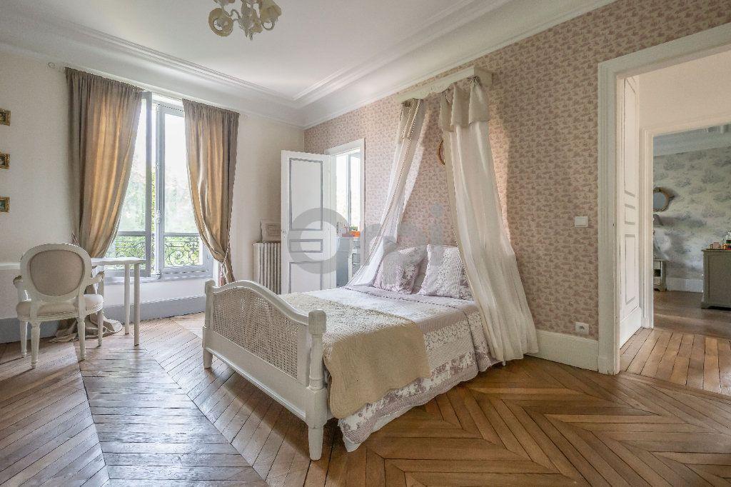 Maison à vendre 9 246m2 à Le Raincy vignette-6